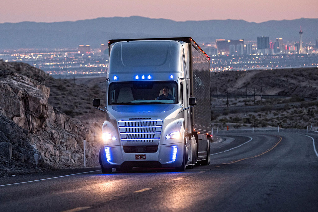 Autonomous Trucks Could Help Improve Driverless Car Tech | Eloy